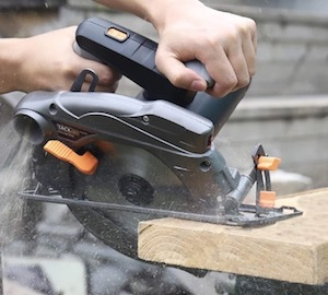 The Tacklife PES01A Circular Saw